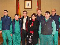 Los trabajadores de Salarca junto al Alcalde de Béjar y la concejal de medio ambiente