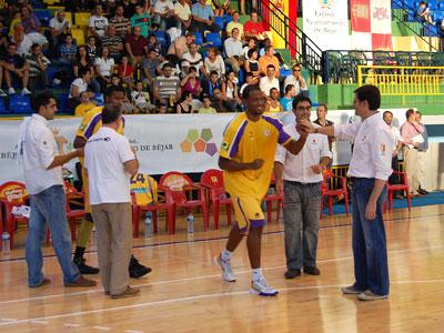 Partido Baloncesto entre Asefa estudiantes y Blancos Rueda de Valladolid