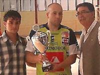 El Capitan del Inzamac Zamora junto al Alcalde de Béjar y Concejal de Deportes