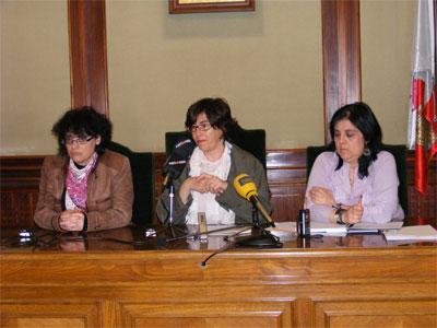 Blanca Cerrudo, Elena Martín y Lourdes Jimenez