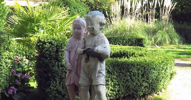 imagen de una de las esculturas de EL Bosque de Béjar