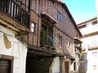 Fachada casa en Candelario