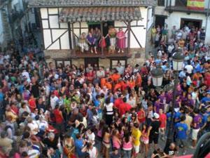 Peñas reunidas en la plaza del Solano