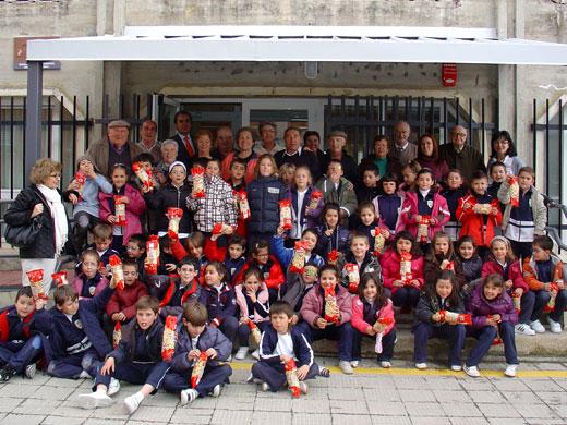 Escolares de Nuestra Señora del Castañar en el Centro de Mayores de Béjar