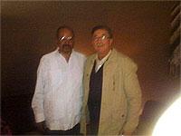 Cipriano González junto al Presidente de la República Árabe