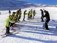 Club de esquí de Béjar durante una clase práctica