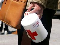 Hucha de Cruz Roja. Día de la Banderita