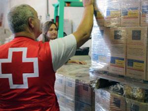 Cruz Roja reparto de alimentos