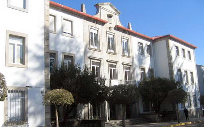 fachada de la escuela de idiomas, antigua escuela de maestria