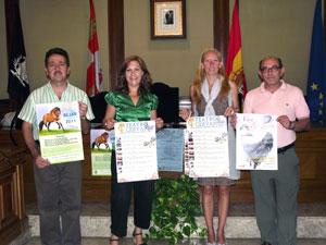 Concejales bejaranos durante la presentación del programa de Ferias 2011