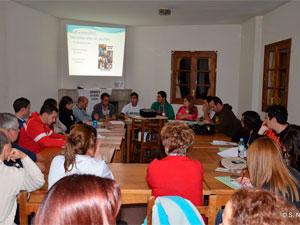 Reunión durante las jornadas de repesentantes vecinales, La Canaleja Béjar