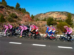 Concentración equipo Gios en Valencia. Foto: Web Gios
