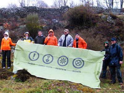 Grupo de personas que participaton en las tareas de limpieza y recuperación