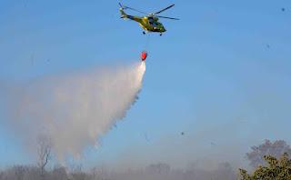 Helicóptero extinción de incendios