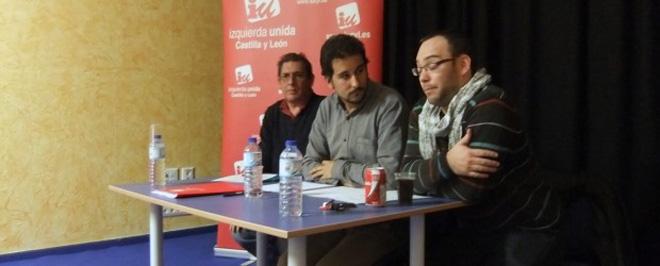 El acto de constitución contó con la presencia del Coordinador Provincial de Izquierda Unida de Salamanca, Domingo Benito, quien fue el encargado de abrir el acto tras una breve presentación de Miguel Rodero