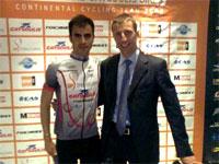 Mario Garcia junto a su manager del equipo SP Tableware