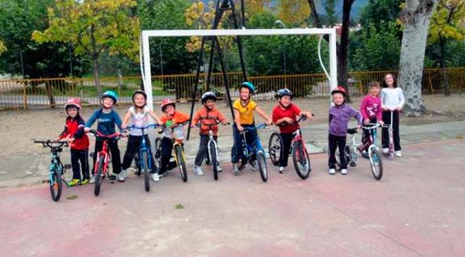 Alumnos del Marques de Valero en bicileta
