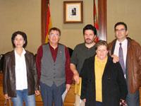 Alcalde de Béjar junto a vecinos de Palomares de Béjar