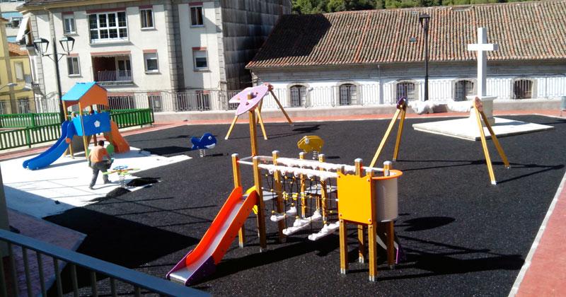 trabajos en la zona infantil del murallon sobre el parking