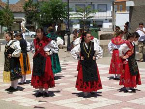 Bailes regionales en Peromingo