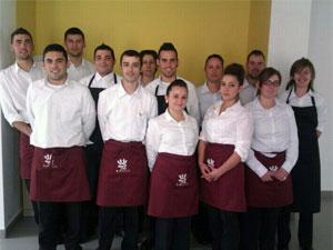 Alumnos del curso de hostelería en Carcaboso