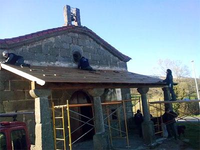 Trabajos en la Ermita de Navacarros