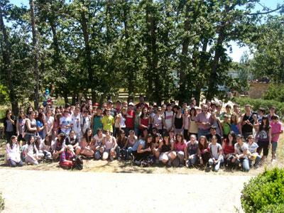 Alumnos del Ramón Olleros de Béjar en su visita a Las Cavenes, El Cabaco