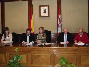 Firma del Convenio entre Ayuntamiento y Cofradías. Bejar