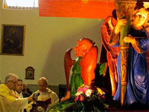 Bendición de la una talla de la Cofradía de la Vera Cruz, Béjar