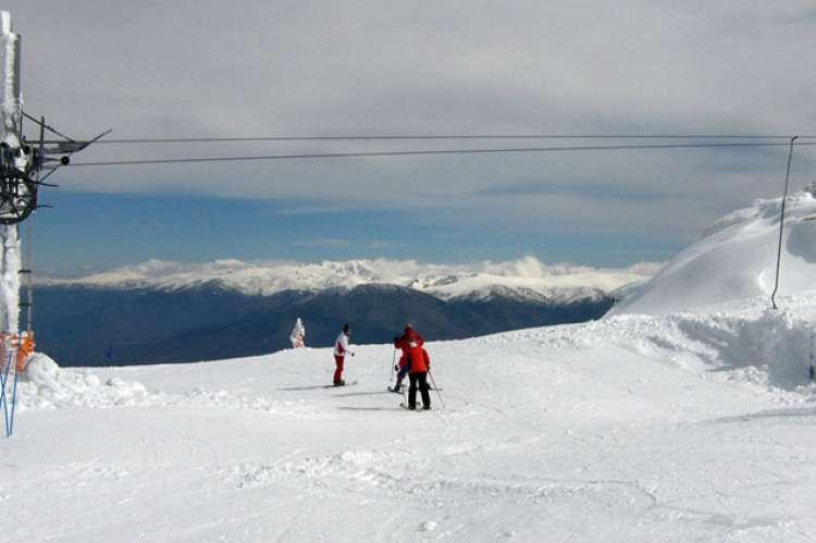 Pistas de esquí de La Covatilla desde El Tremedal