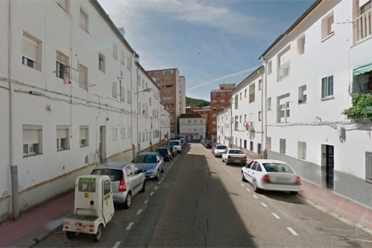 Fachadas blancas en el barrio de Los Praos de Béjar