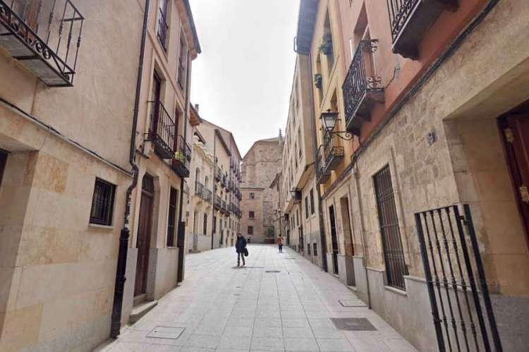 Calle Traviesa en Salamanca