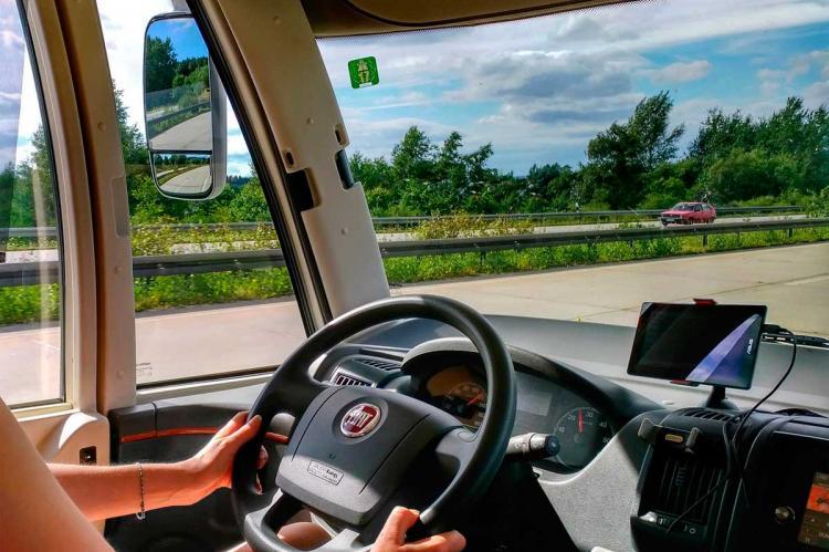 Vista del interior de una autocaravana
