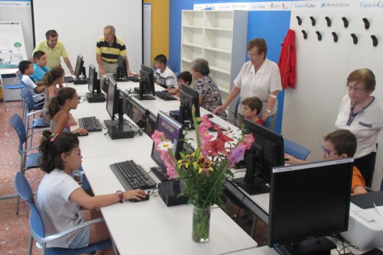 Actividades en el Centro de Día de personas mayores