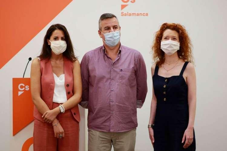 María Montero,Juan Carlos Hernández y Ana Suárez