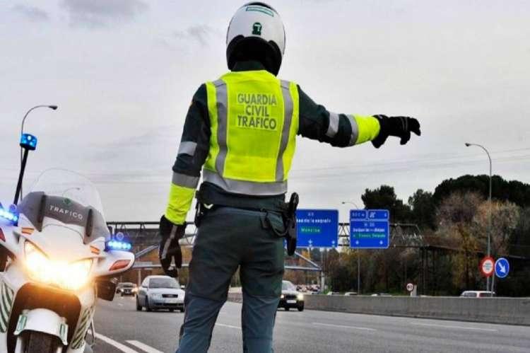 Control tráfico Guardia Civil