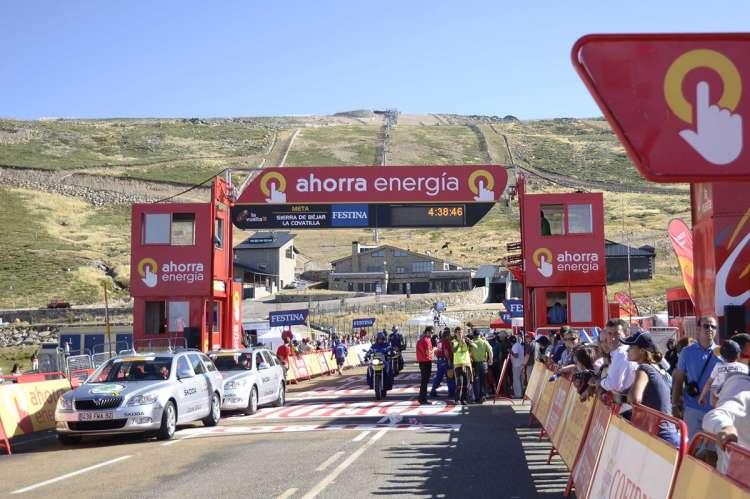Línea de meta en La Covatilla durante la Vuelta España 2011