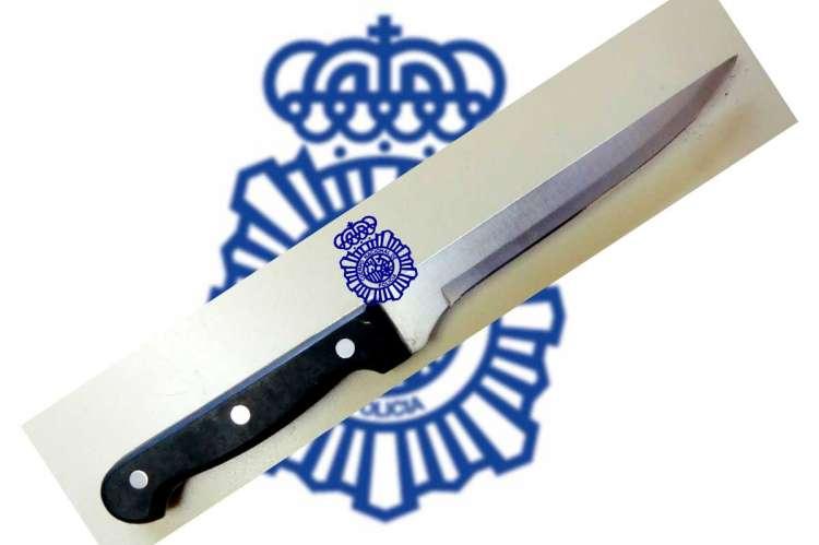 Cuchillo incautado por la Policía Nacional
