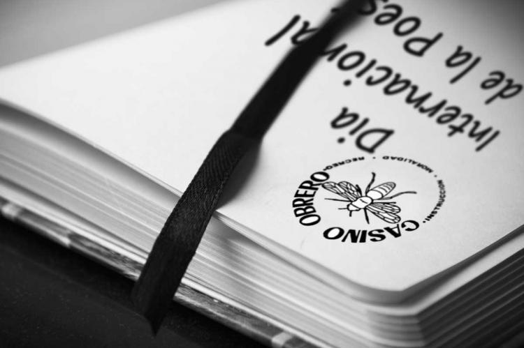 Cartel Día Mundial de la Poesía