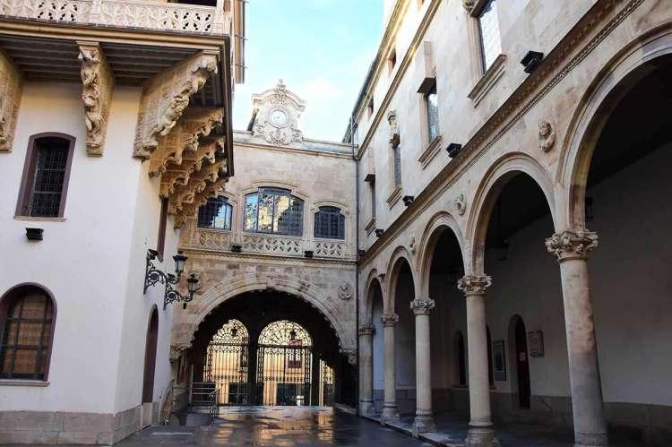 Vista del patio interior del palacio de La Salina, sede de la Diputación de Salamanca