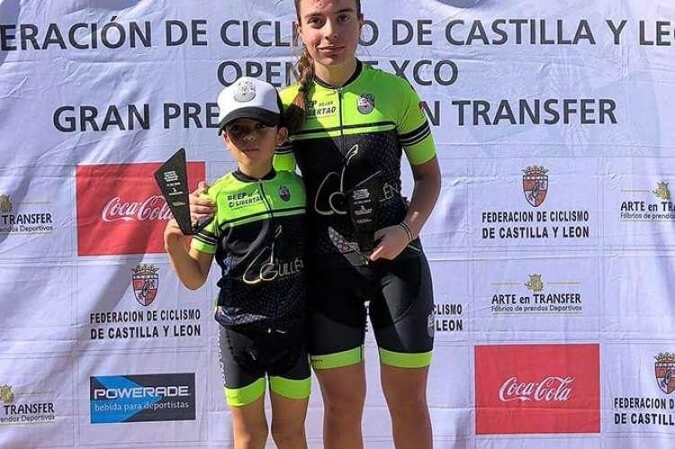 Natalia Ovejero y David Martín en el pódium de Crespos