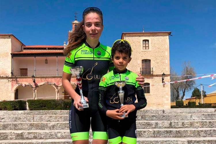 Natalia Ovejero y David Martín en el podium de la prueba de Aranda de Duero