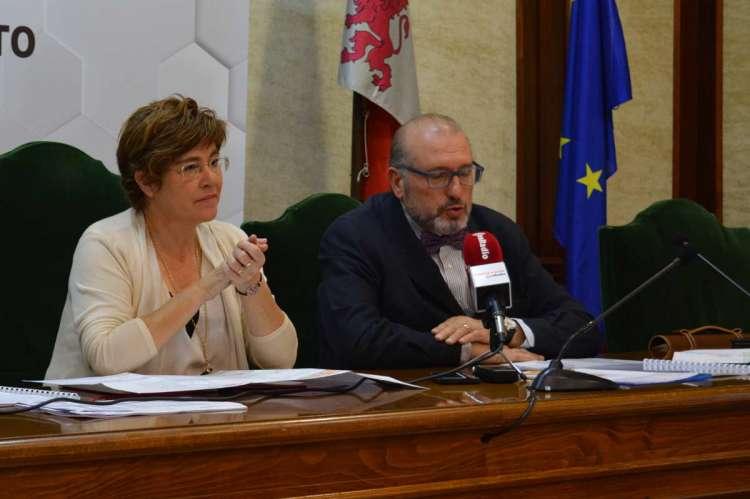 Elena Martín Vázquez y Buenaventura Velasco