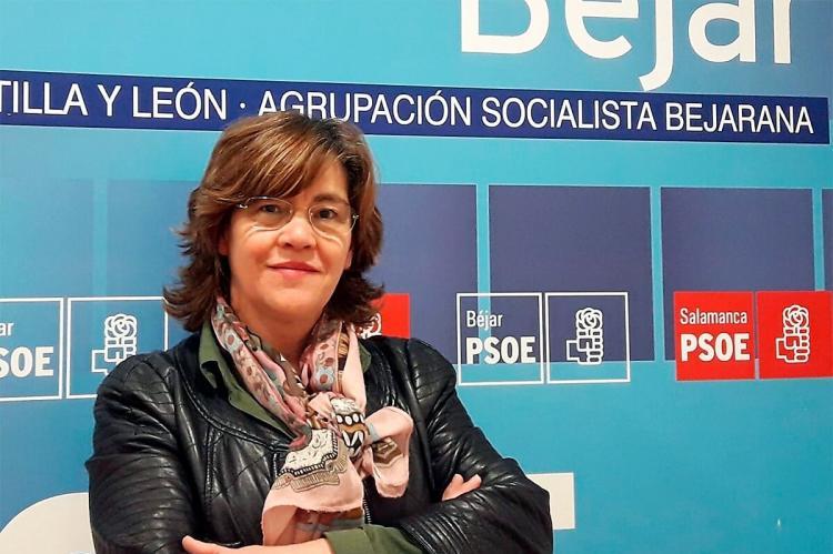 Elena Martín Vázquez en la sede del PSOE Béjar