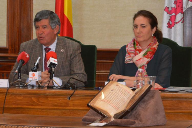 El Ayuntamiento recibió recientemente el fuero de Bejar restaurado