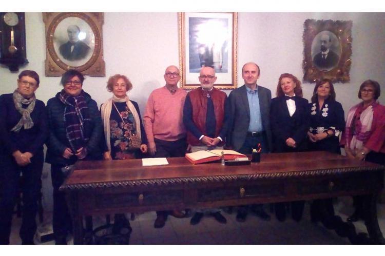 Junta del Casino durante la reciente entrega de premios del concurso literario