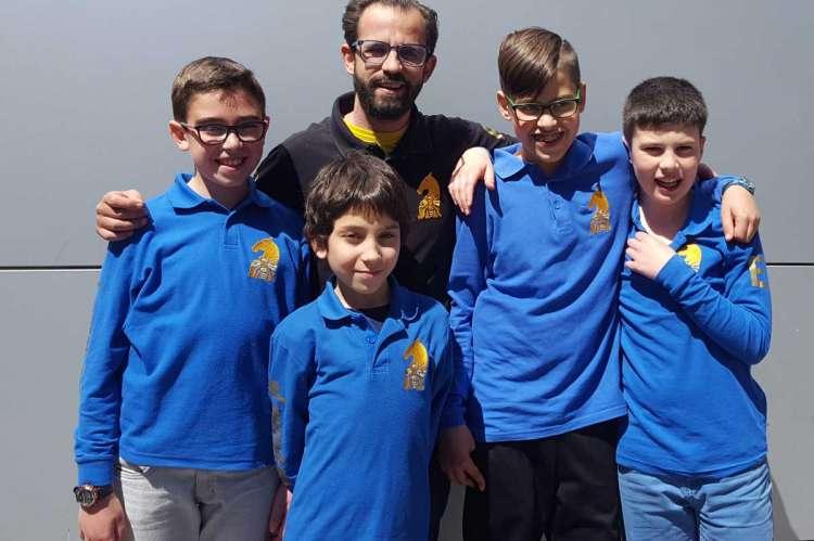 Equipo infantil campeón de ajedrez Juegos Escolares
