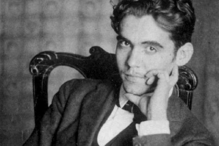 Imagen en blanco y negro de Federico García Lorca