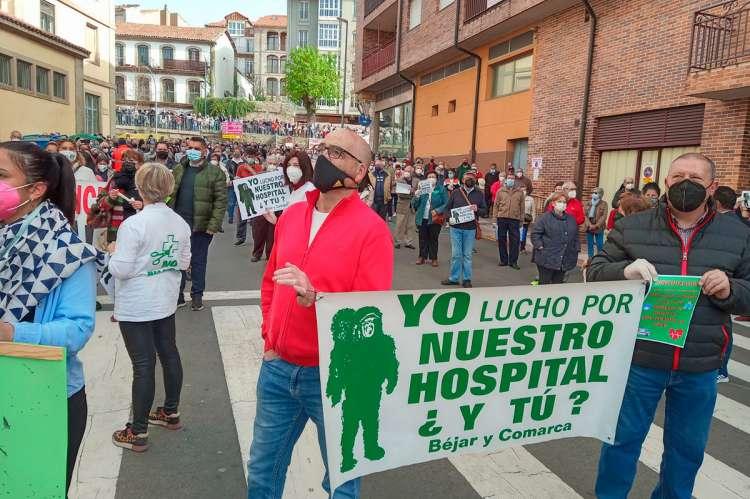 Concentración frente al hospital Virgen del Castañar
