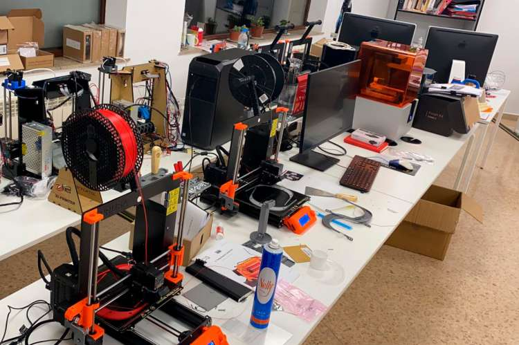 Impresoras 3d usal y etsii de Béjar